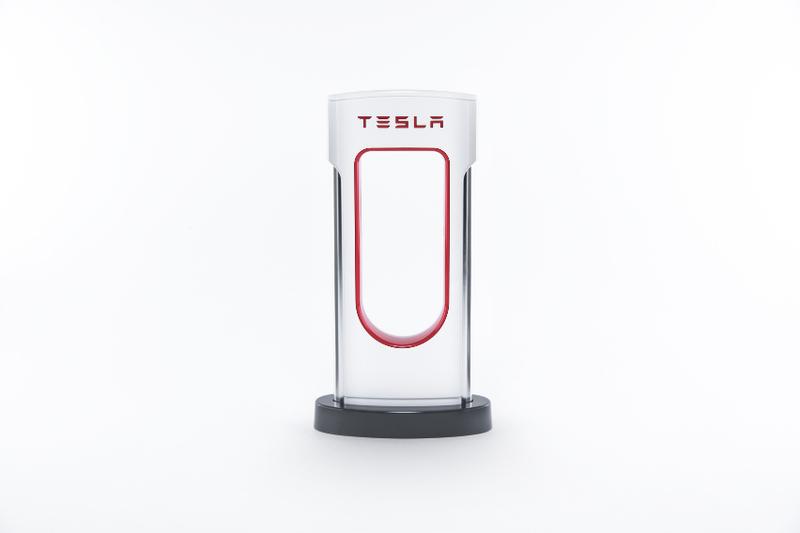 Tesla streicht günstige Model S und X Varianten und senkt Preis für Model 3