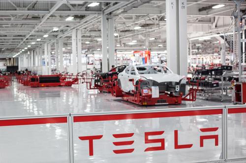 Tesla: Musk will Model S und X drei Elektromotoren verpassen